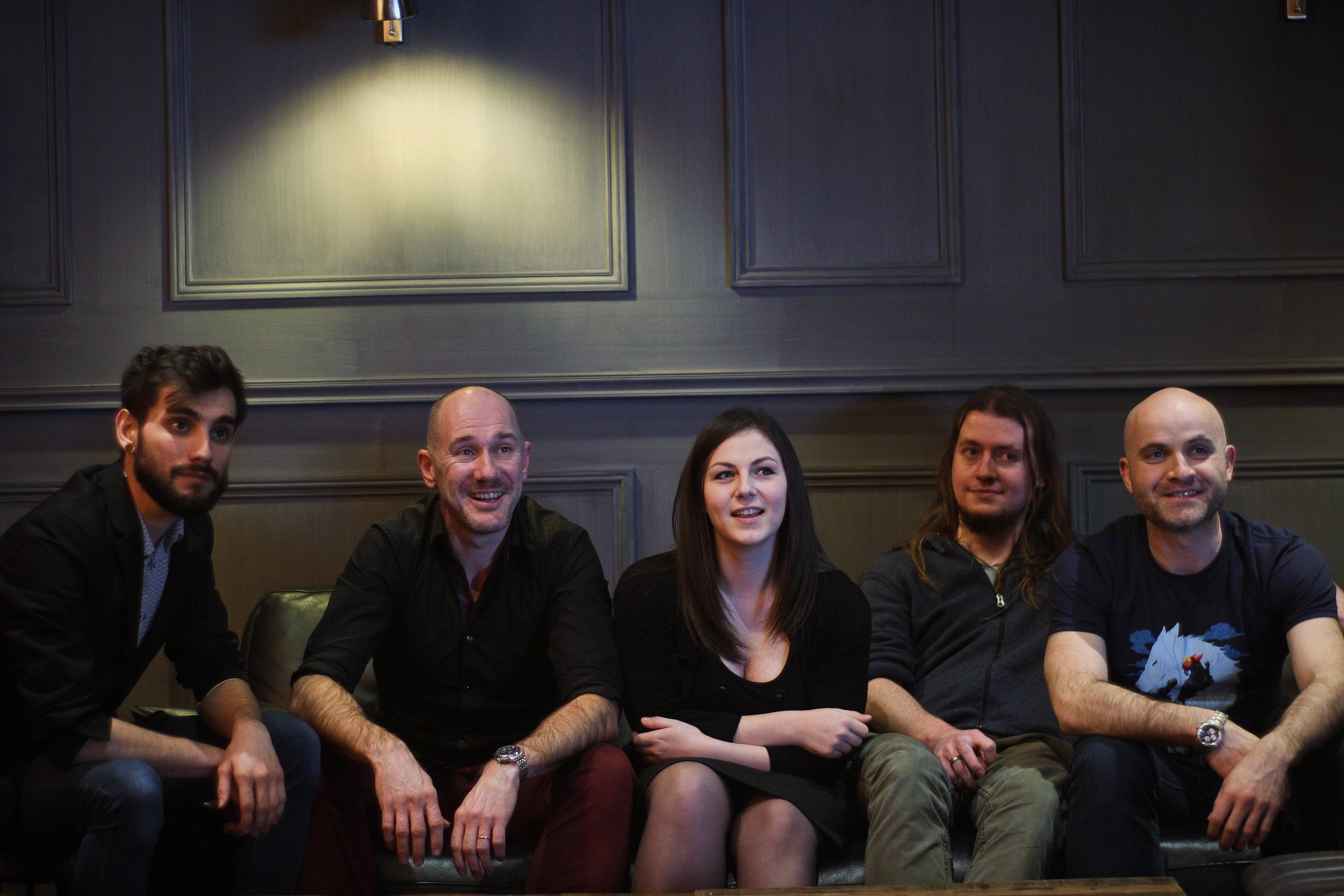 Mes collègues traducteurs de l'équipe MAKMA. De gauche à droite : Benjamin Viette, Edmond Tourriol, Sarah Grassart, Camille Gardeil et Mathieu Auverdin.